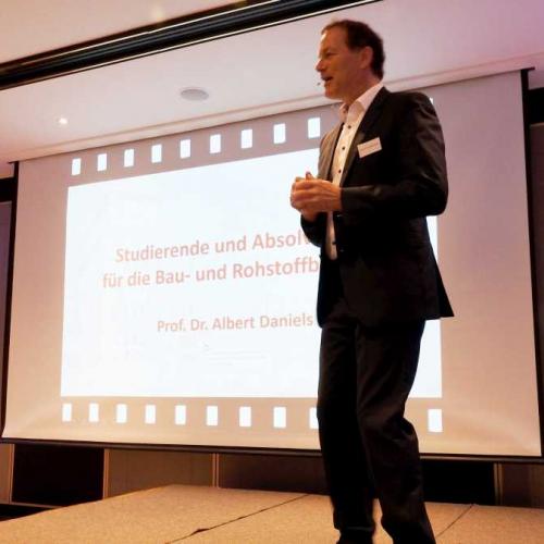 Web_MV_Unternehmerforum_Prof-Dr-Albert-Daniels.jpg